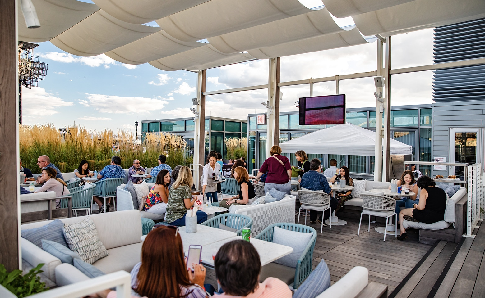 Premiere rooftop seating at Pier 17